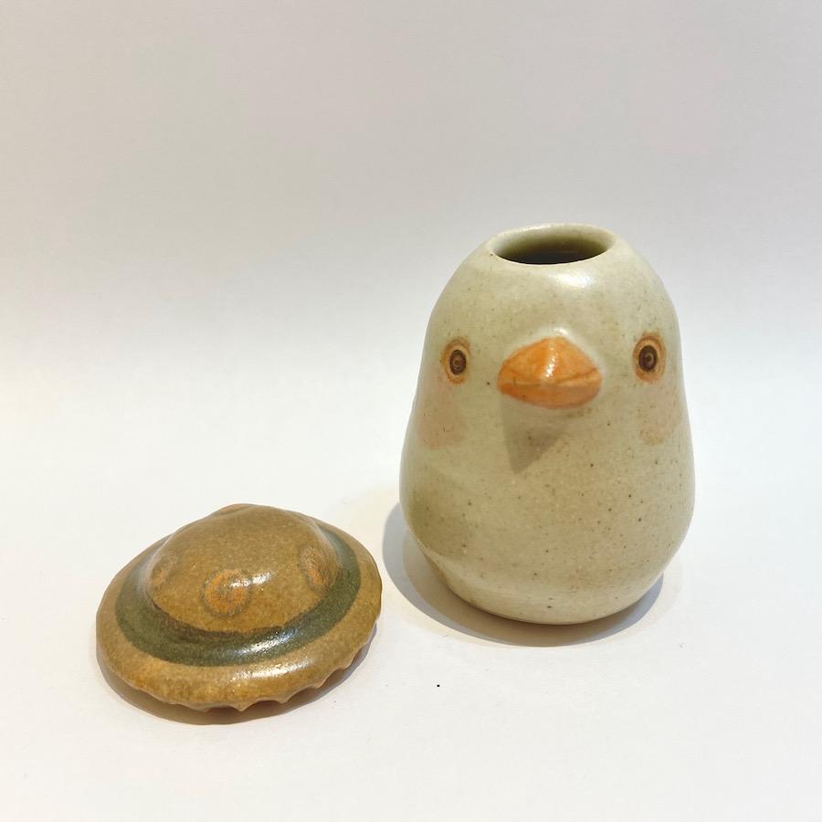 文鳥の花いれ(白、キノコハット)-1