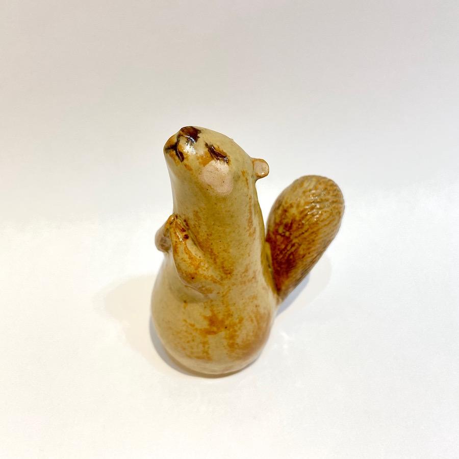 リスのおきもの(祈り、小)-6