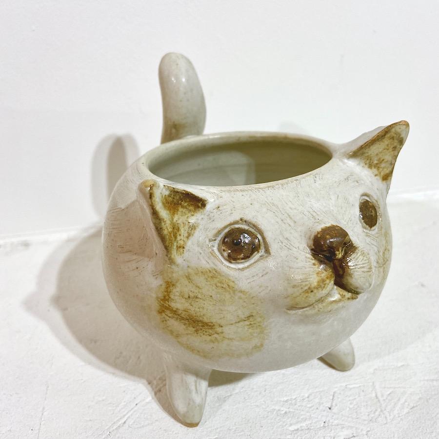 ネコ 植木鉢-1