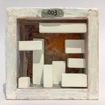 Room 003